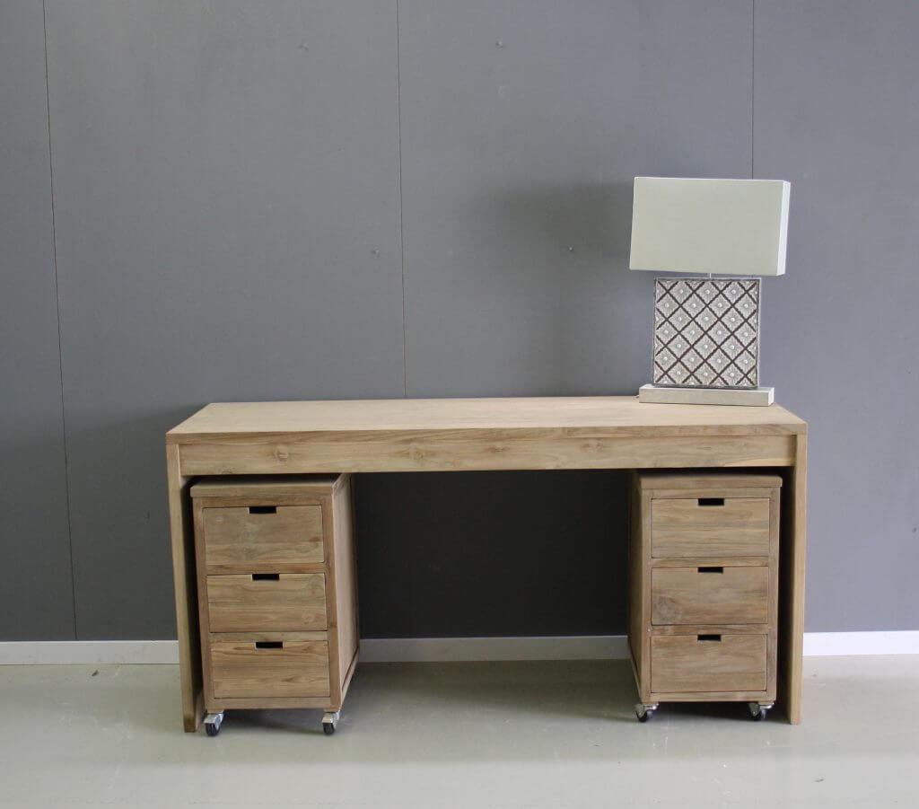 Modern bureau van teak hout