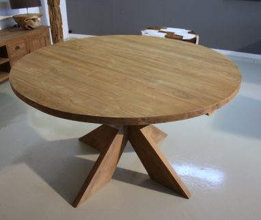 Ronde teakhouten tafel met kruispoot