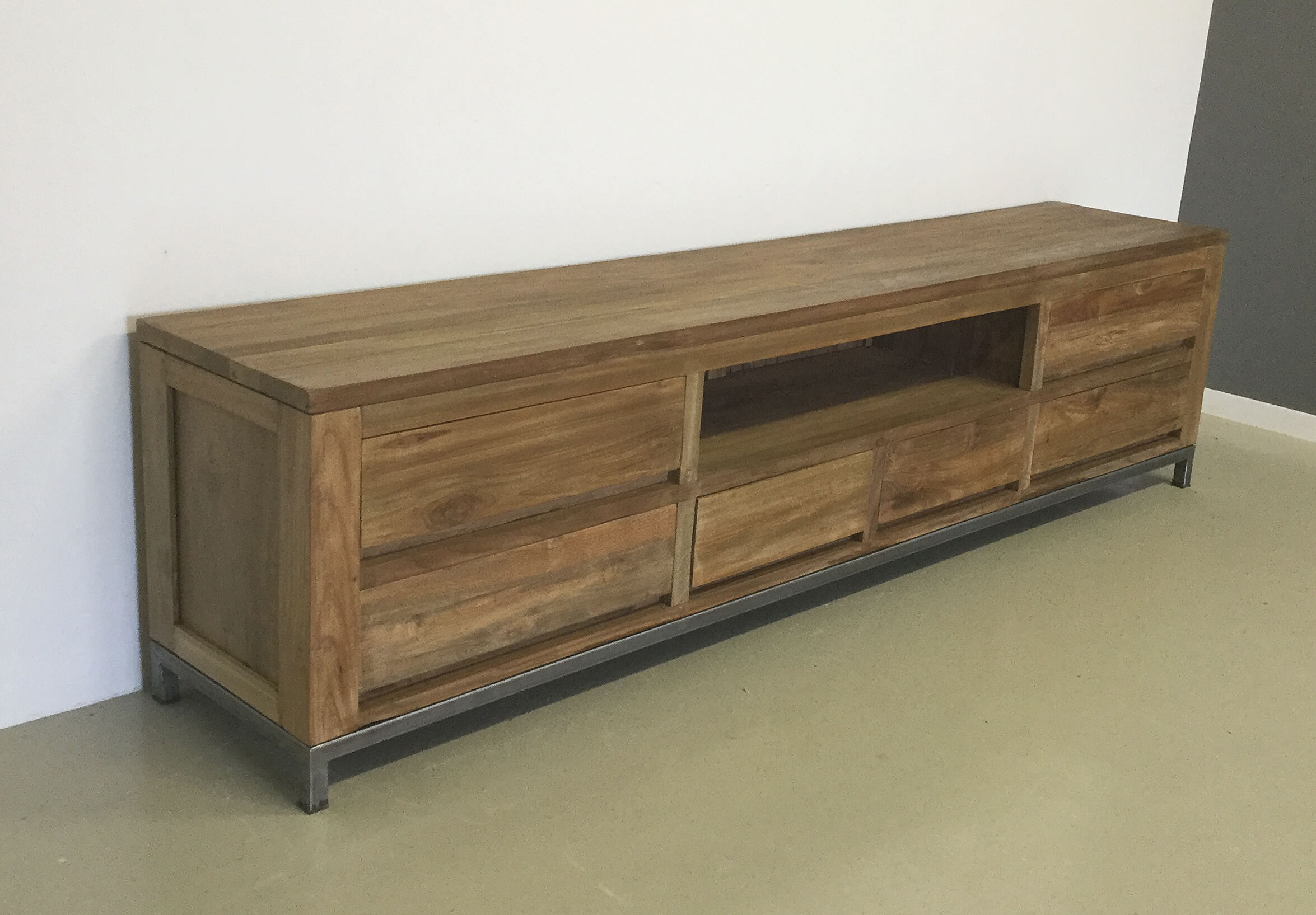 Dressoir Kasten Teak.Industrieel Tv Dressoir 240cm Indoteak