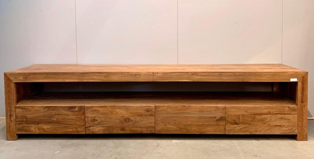 Modern tv-meubel van dengkleh teak