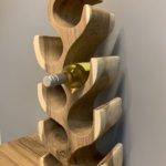 Decoratief wijnrek van teakhout