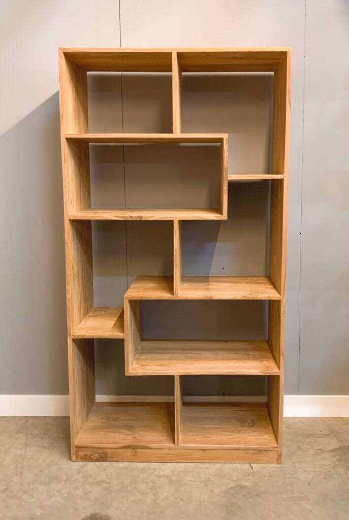 Room-divider met a-symmetrische indeling